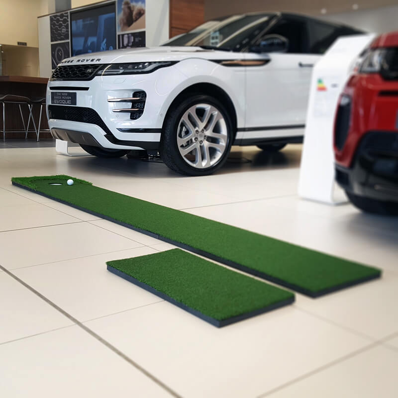 Home golf putting green